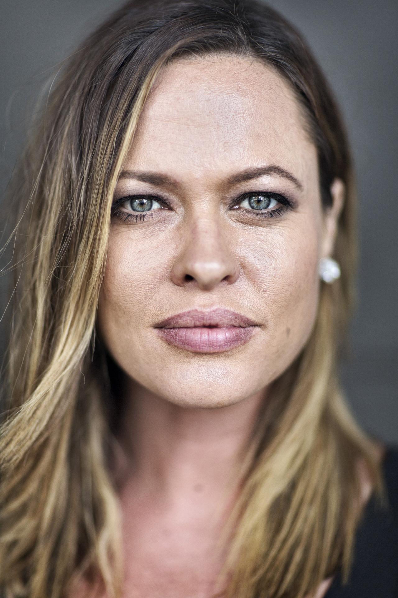 Sydney Portrait Photographer, Personal Branding, Headshots, Corporate Photography, Portraits, Angela Cox, Tv, Presenter, Journalist