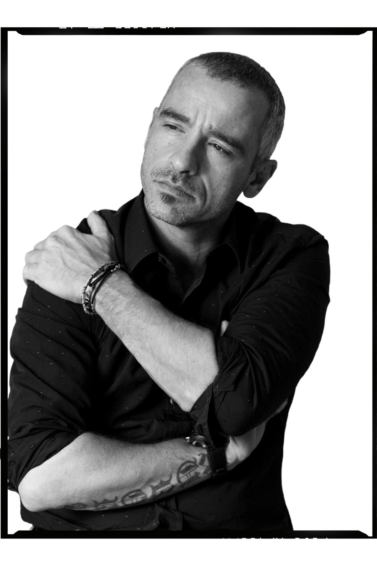 Sydney portrait photographer, personal branding, head shots, corporate photography, pop singer, Eros Ramzzotti