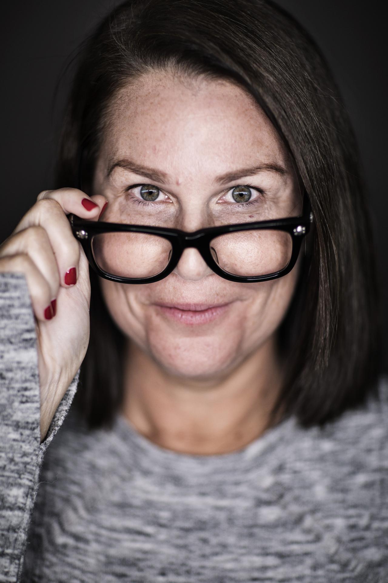 Sydney portrait photographer, personal branding, Eye2Eye, Julia Morris, actor,head shots, corporate photography, comedian