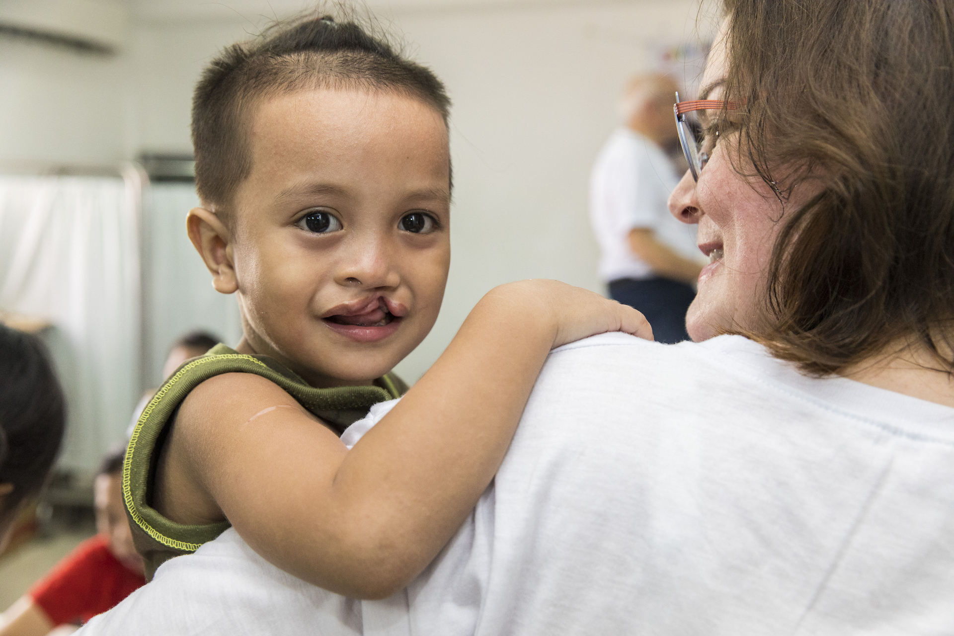 Sydney humanitarian photography, charity, Operation restore hope, cleft lip, cleft palate, Philippines, children, baby, plastic surgery, help, smile, Doctors, surgery